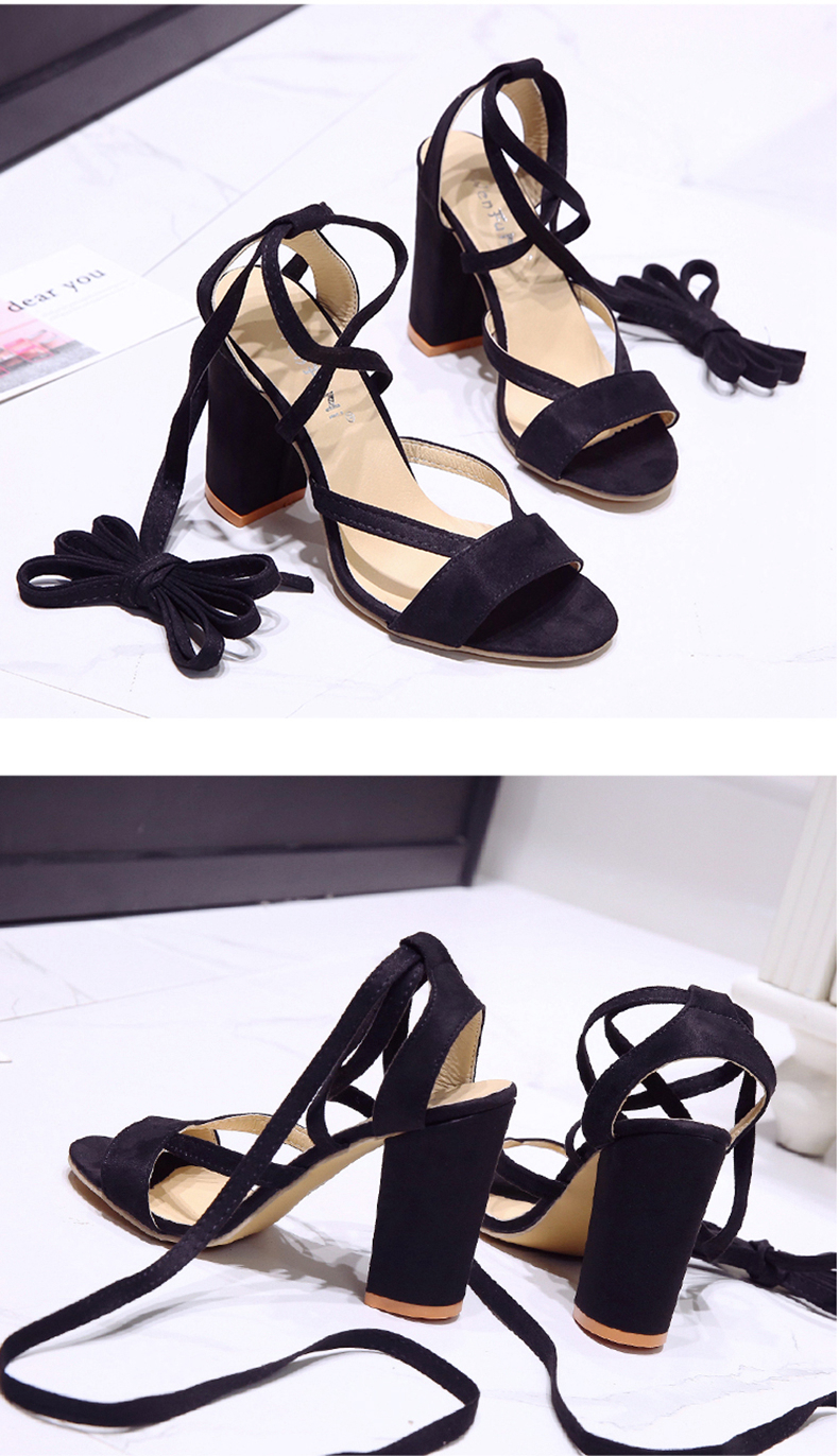 Summer new Roman style cross straps thick with sandals wild small fresh high heels. 11