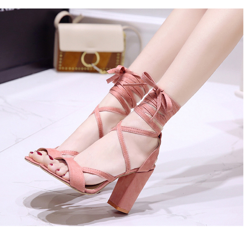 Summer new Roman style cross straps thick with sandals wild small fresh high heels. 16