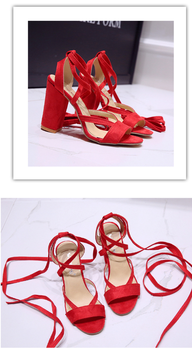 Summer new Roman style cross straps thick with sandals wild small fresh high heels. 9