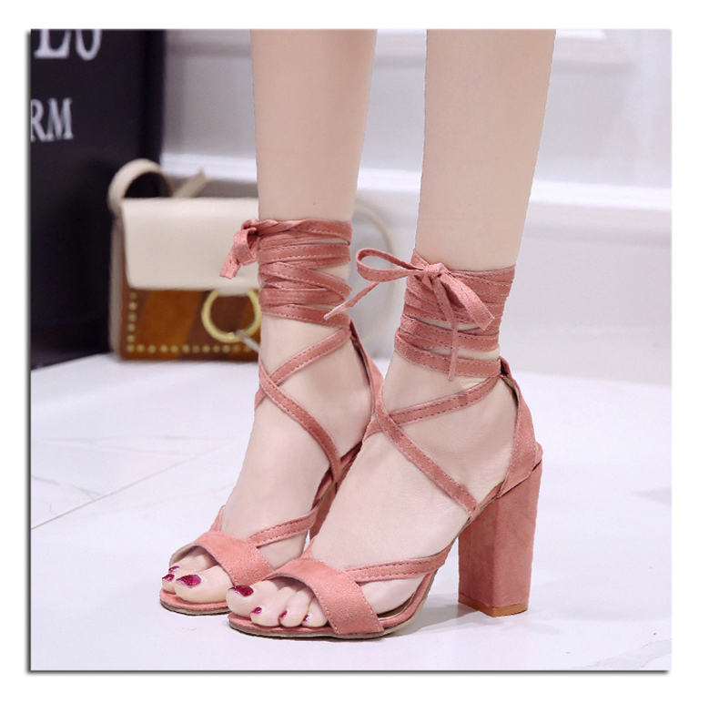 Summer new Roman style cross straps thick with sandals wild small fresh high heels. 18