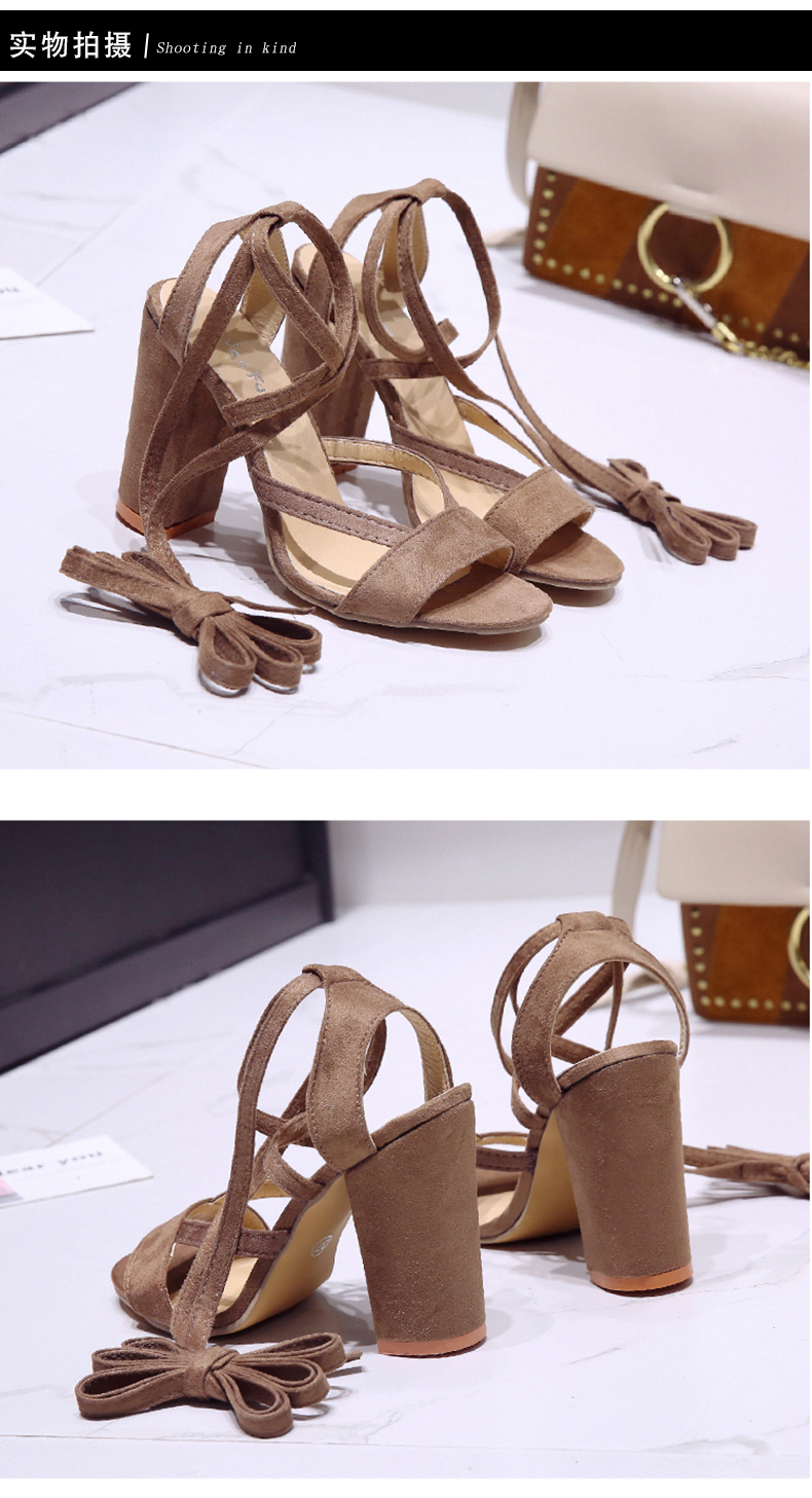 Summer new Roman style cross straps thick with sandals wild small fresh high heels. 8