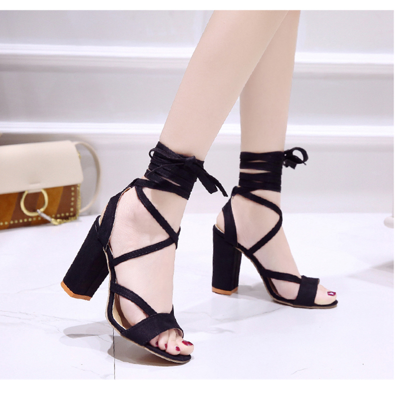 Summer new Roman style cross straps thick with sandals wild small fresh high heels. 25