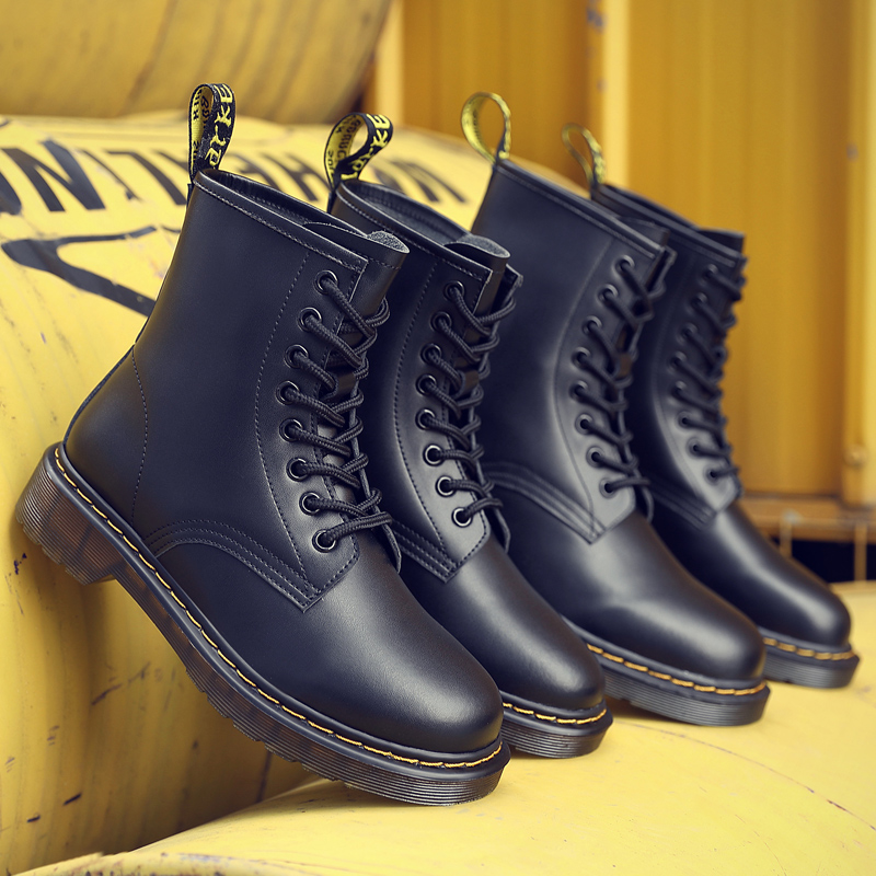 Couple Martin boots men and women with the same ancient Yinglun wind leather boots locomotive a hundred large size high-barrel workwear boots tide