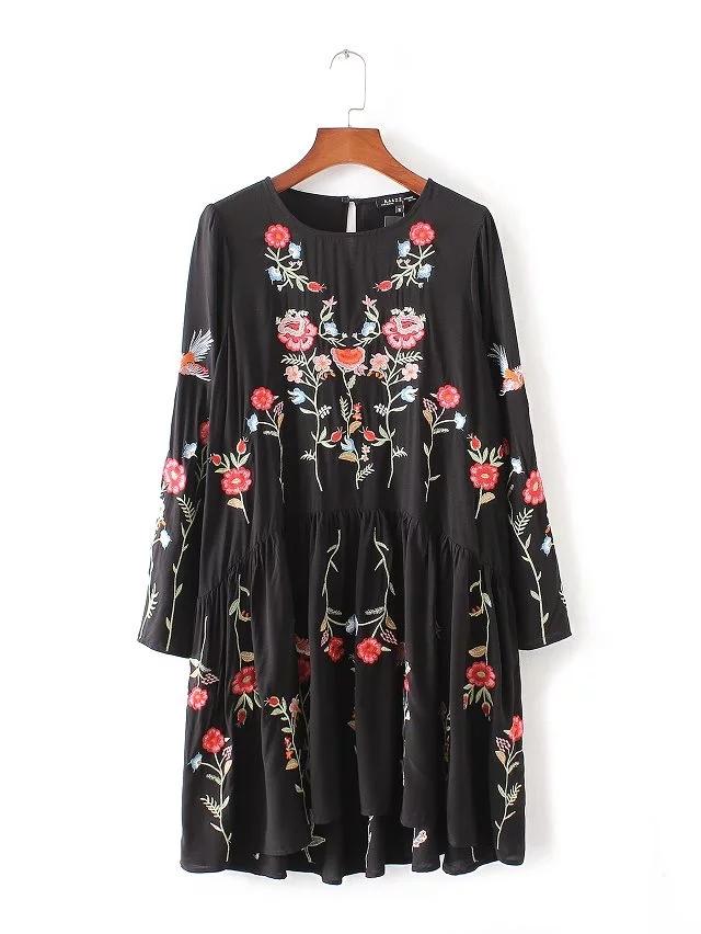 欧美2016秋冬季新款时尚刺绣连衣裙圆领长袖宽松高腰显瘦百褶短裙