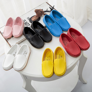 Обувь для родителей и детей,  Весенний и осенний сезон. ребенок обувь в больших детей конфеты сухожилие ножной футляр бездельник обувной мальчиков и девочек, удар удаление горох туфли, цена 177 руб