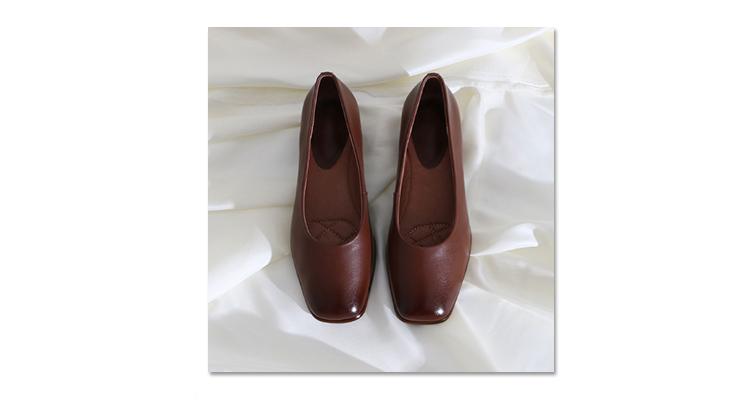 墨染·蓮花府邸2121秋季英倫小皮鞋時尚方頭粗跟鞋百搭里外全皮OL工作鞋