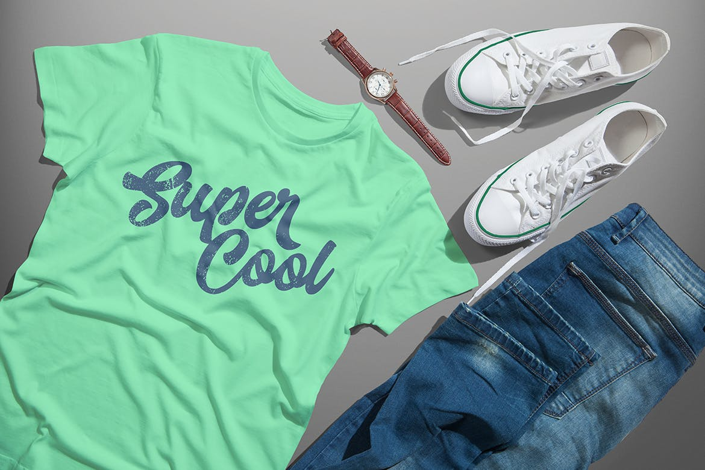 4个PSD场景文件T恤颜色可编辑牛仔裤手表皮带运动鞋贴图样机设计素材模板