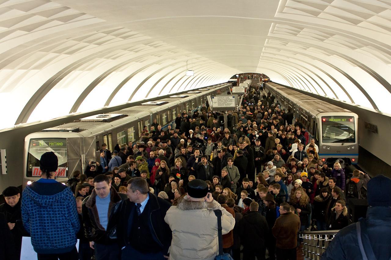 全球地铁之最:豪似宫殿日运1600万人