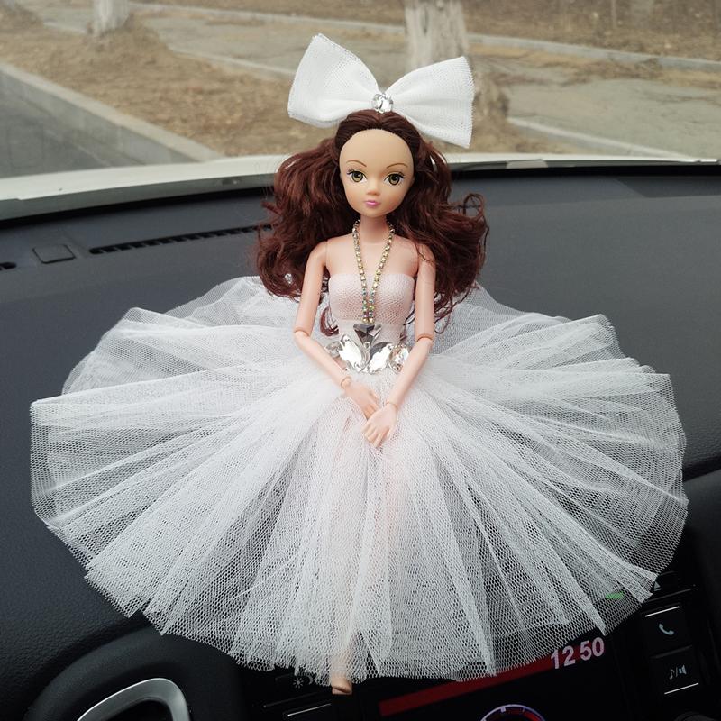 定制汽车摆件芭比娃娃婚纱可爱高档创意车载中控摆件汽车内饰饰品