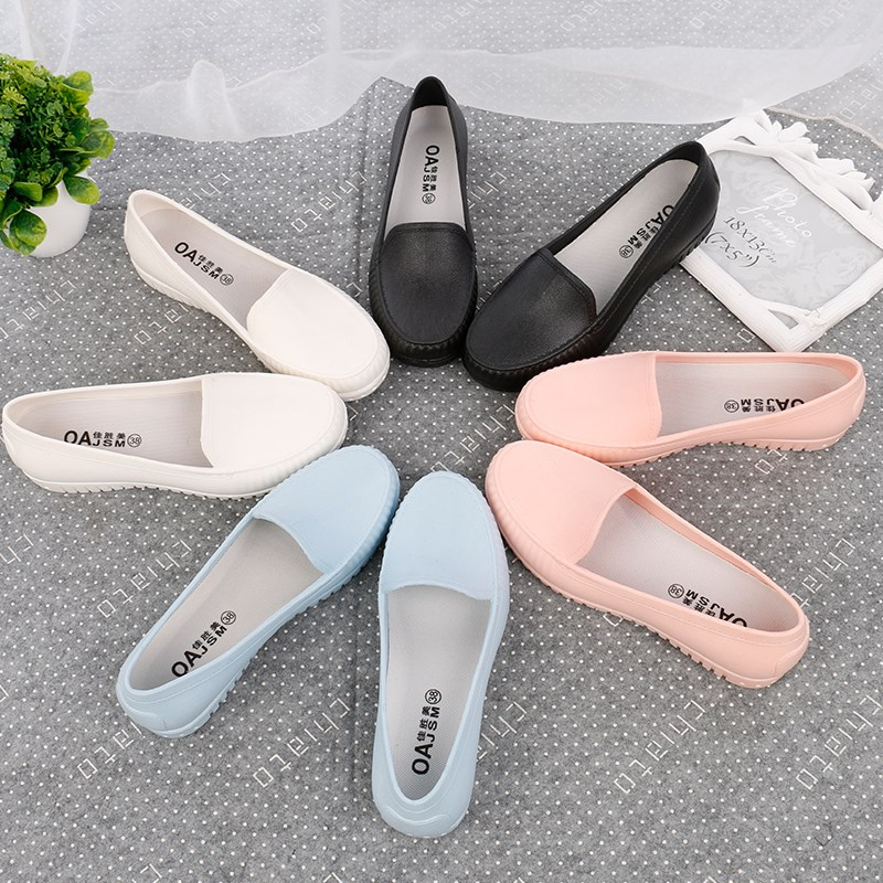 Mom rain boots female shallow mouth low to help Waterproof Rain Boots comfortable flat non-slip water shoes nurse shoes Korean peas shoes