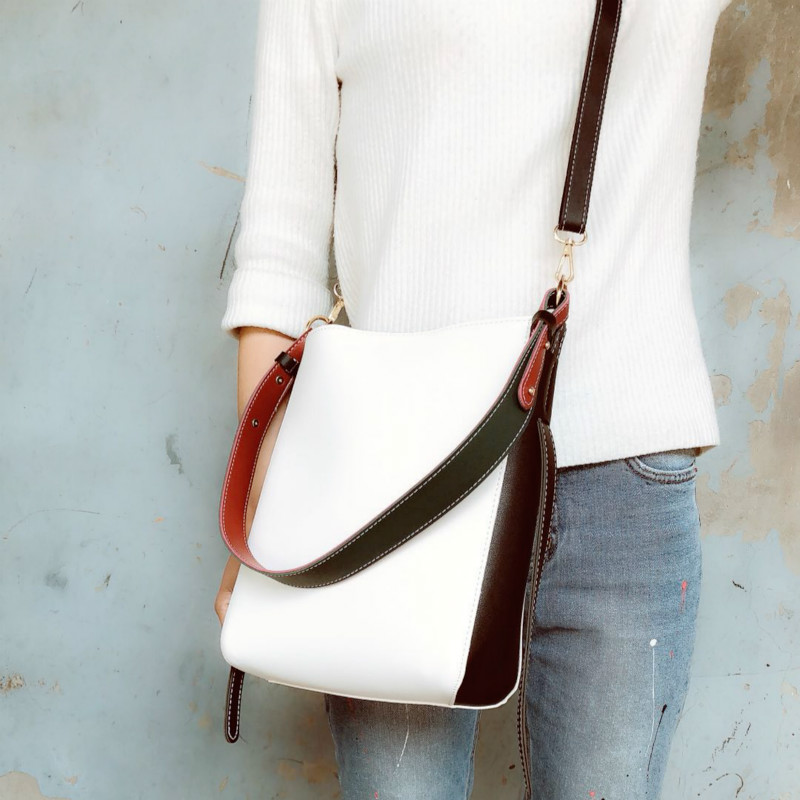 Pu White Value  + Diagonal Shoulder Strap