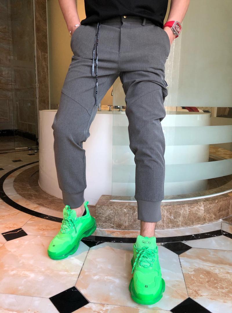 Mùa thu và mùa đông thời trang mới thương hiệu thêu châu Âu và Mỹ thêu chữ Phạn bảng chữ cái chân sau sọ nam quần dài giản dị quần dài - Quần
