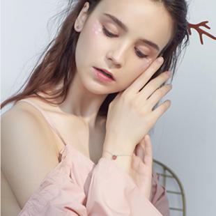 小麋人猫咪草莓粉水晶手链日系女生