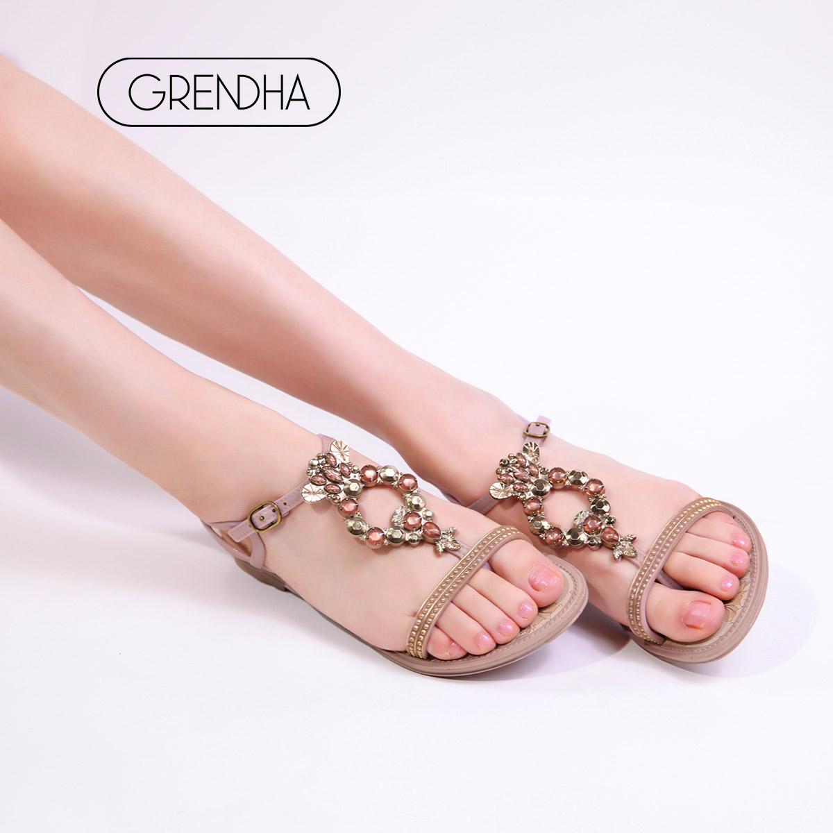 巴西进口 GRENDHA 新花钻系列 女式平跟夹趾凉拖鞋 天猫优惠券折后¥69包邮(¥299-230)多款可选