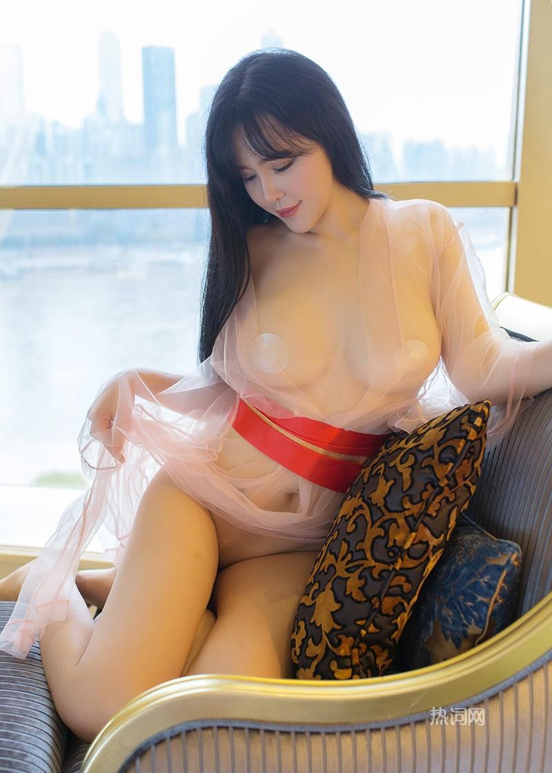 刘钰儿透视内衣私密写真