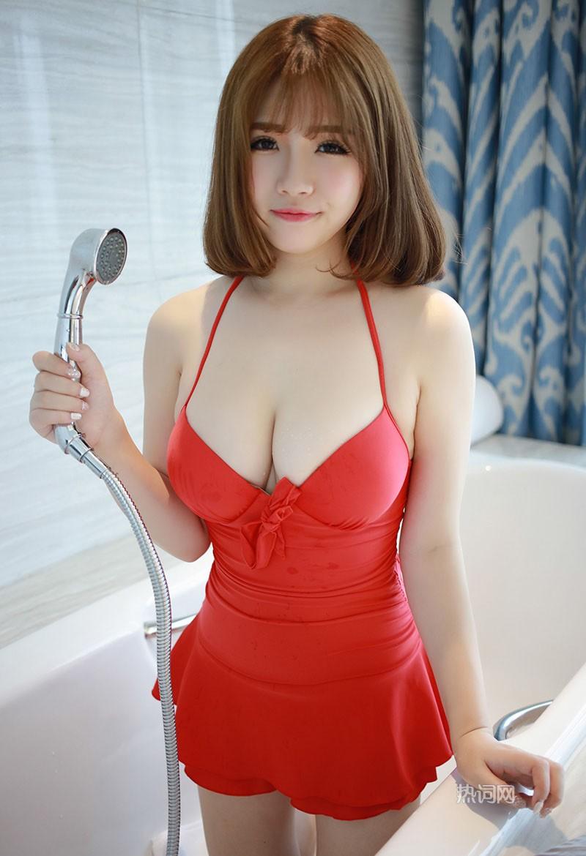 嫩妹子徐cake清新写真小露酥胸 养眼图片 第3张