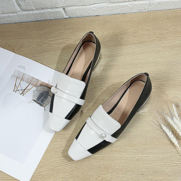 气质方头单鞋,春天的搭配小技巧