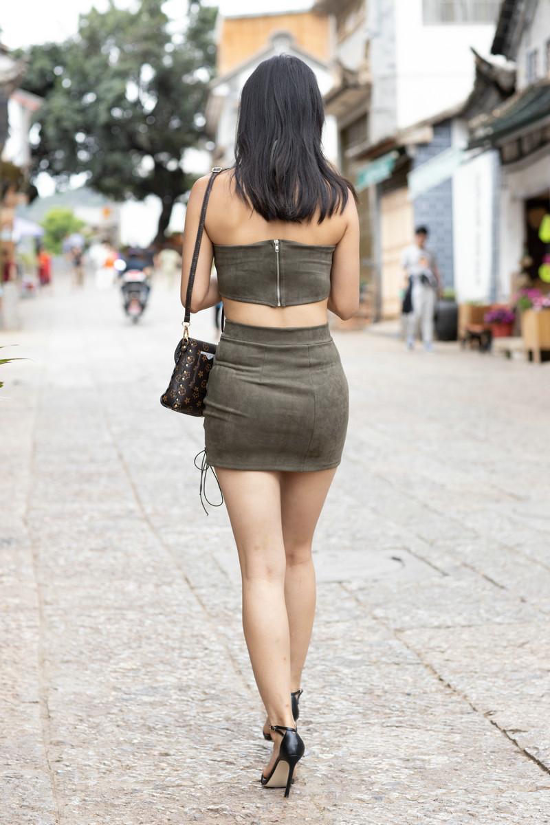 范家辉大理旅拍作品第四篇绿色短裙美女【视频+图片】 75267526  帖子ID:765