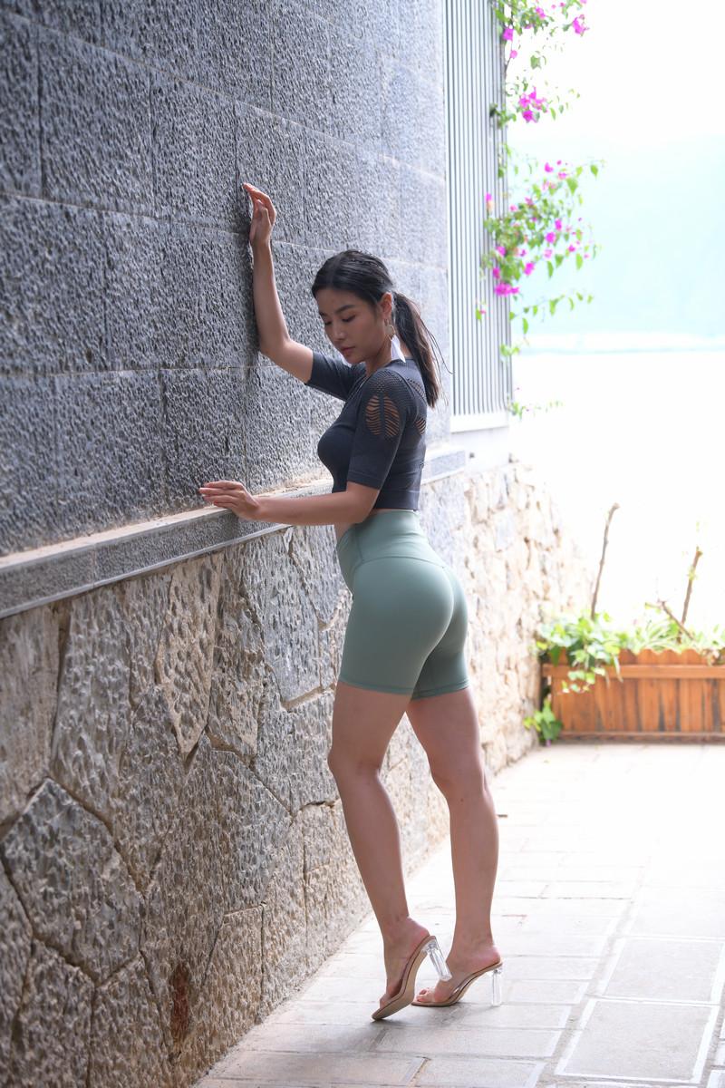 魂魂大理旅拍作品第六篇绿色短裤美女【图片】 71387138  帖子ID:768