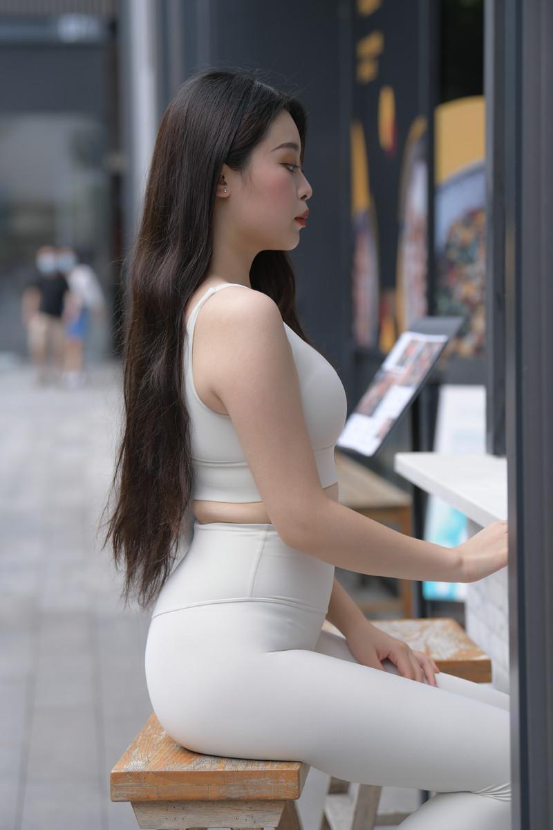 红石模拍作品裸色瑜伽裤美女【套图+视频】 81498149  帖子ID:807