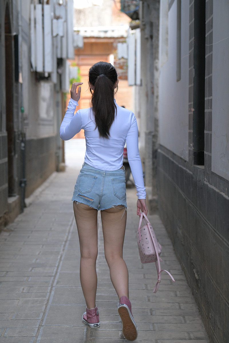 红石大理旅拍作品第六篇热裤小妹【视频+图片】 87988798 帖子ID:770
