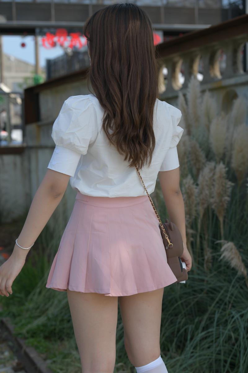 一筒街拍作品粉红色的叮咛【套图+视频】 61336133 帖子ID:806