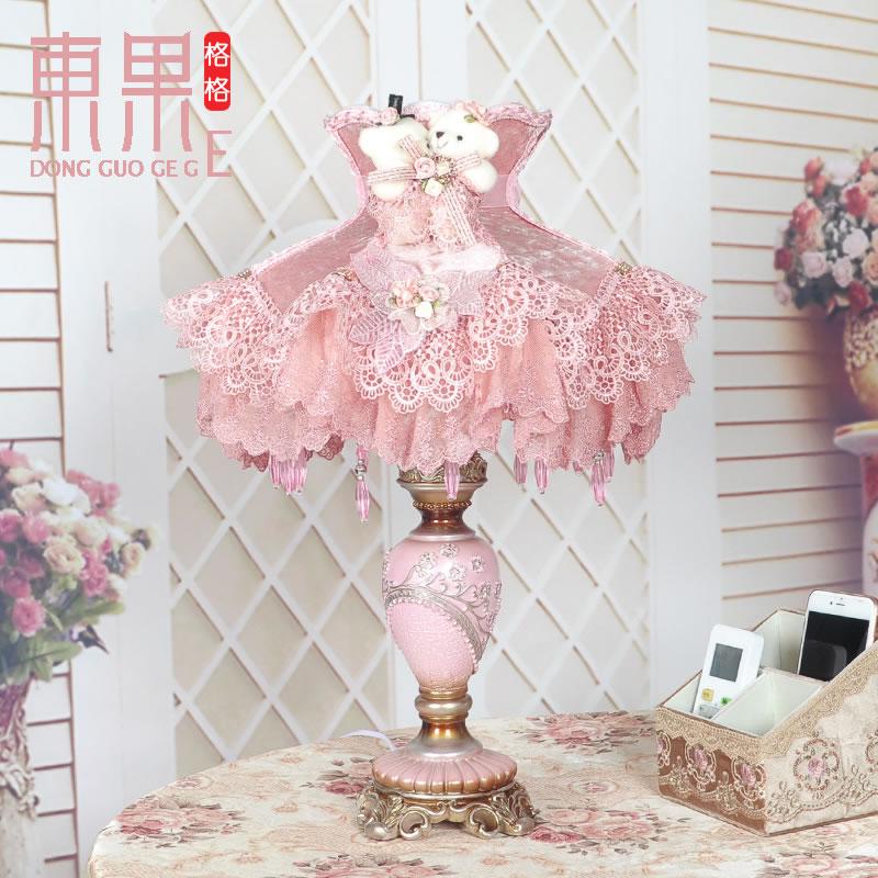 新品12寸孔雀雕花朵婚喜庆孔雀树脂底座台灯高档蕾丝公主粉床头灯