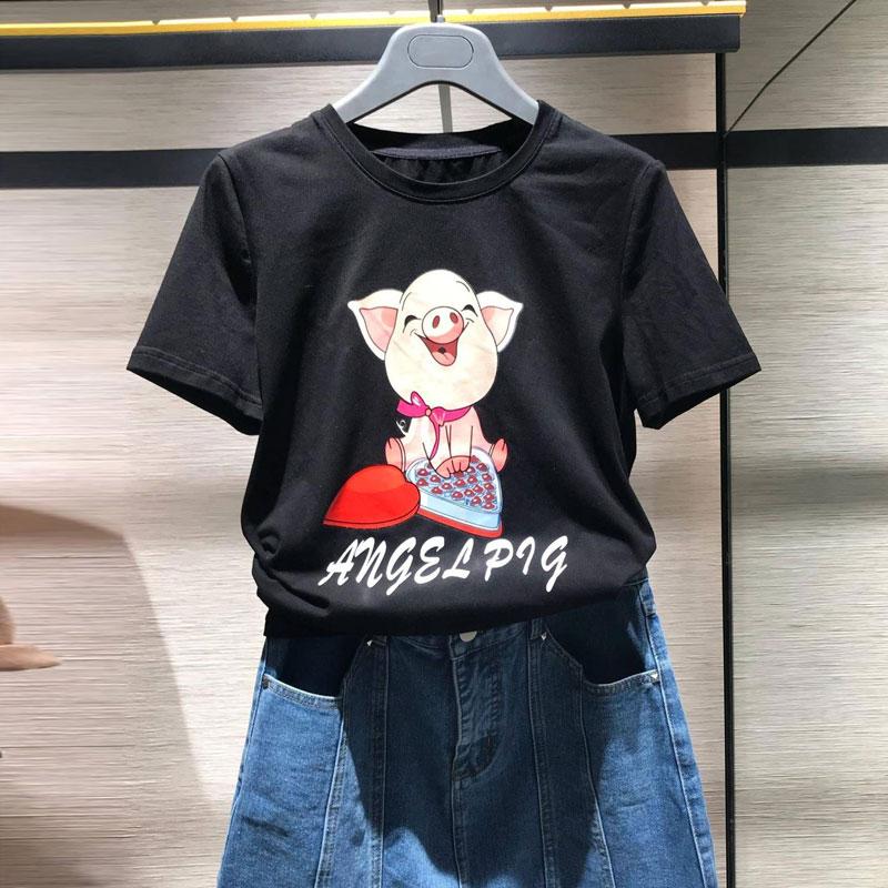 欧阿玛施旗官网2019春夏新款卡通猪猪印花莫代尔棉宽松短袖T恤女