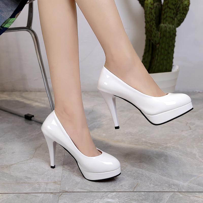 女鞋秋韩版高跟红色新娘鞋细跟防水台亮皮圆头42大码单鞋女士皮鞋