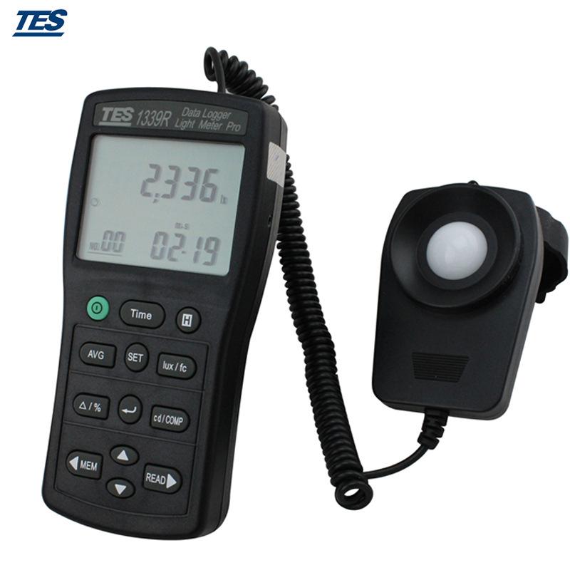 台湾泰仕仪表级照度计光度计高精度光电脑专业可接强度TES-1339R