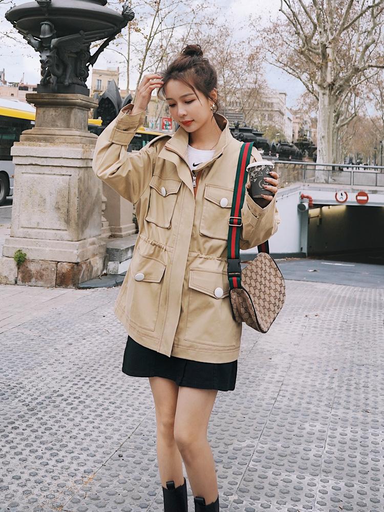 工装外套女短款抽绳收腰显瘦春秋季2021年新款中款小个子立领风衣