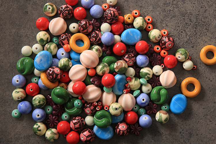 Jingdezhen ceramic beads scattered bead said jin wholesale beads beads insulation accessories DIY craft materials package deal with clearance