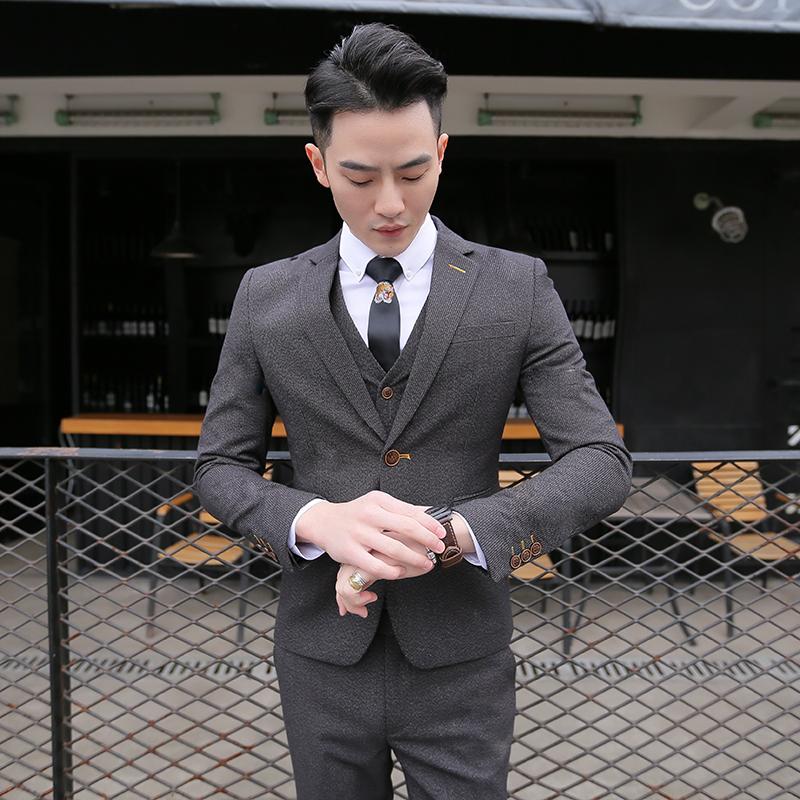 Деловой костюм Три кусок костюм мужской комплект четыре сезона корейской версии тонкий небольшой костюм оккупация костюмы дружки жених свадебное платье
