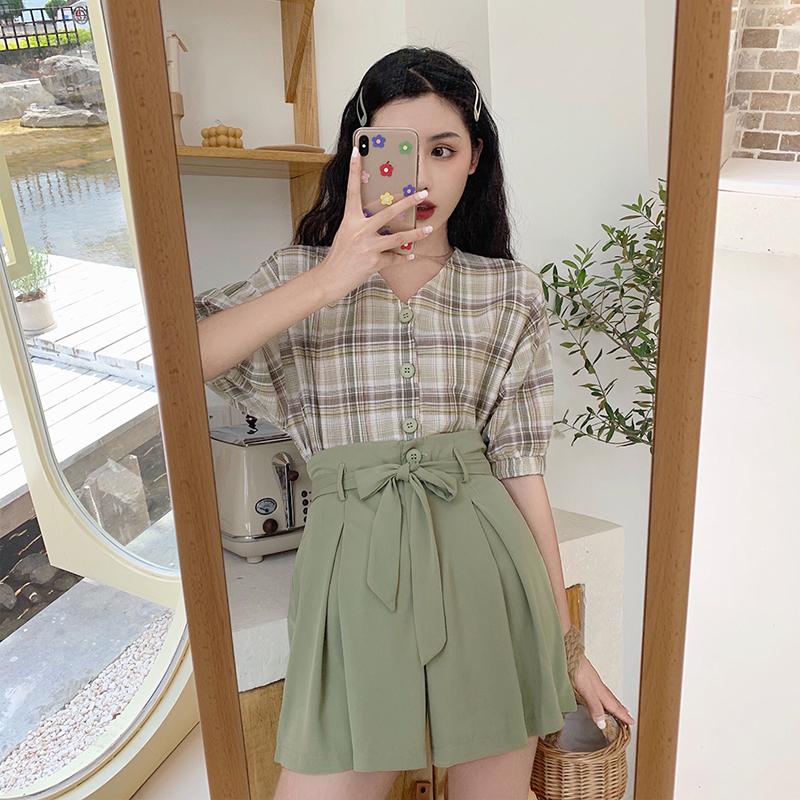 很仙小个子法国小众网红洋气减龄衬衫牛油果绿两件套装裙子裤装夏
