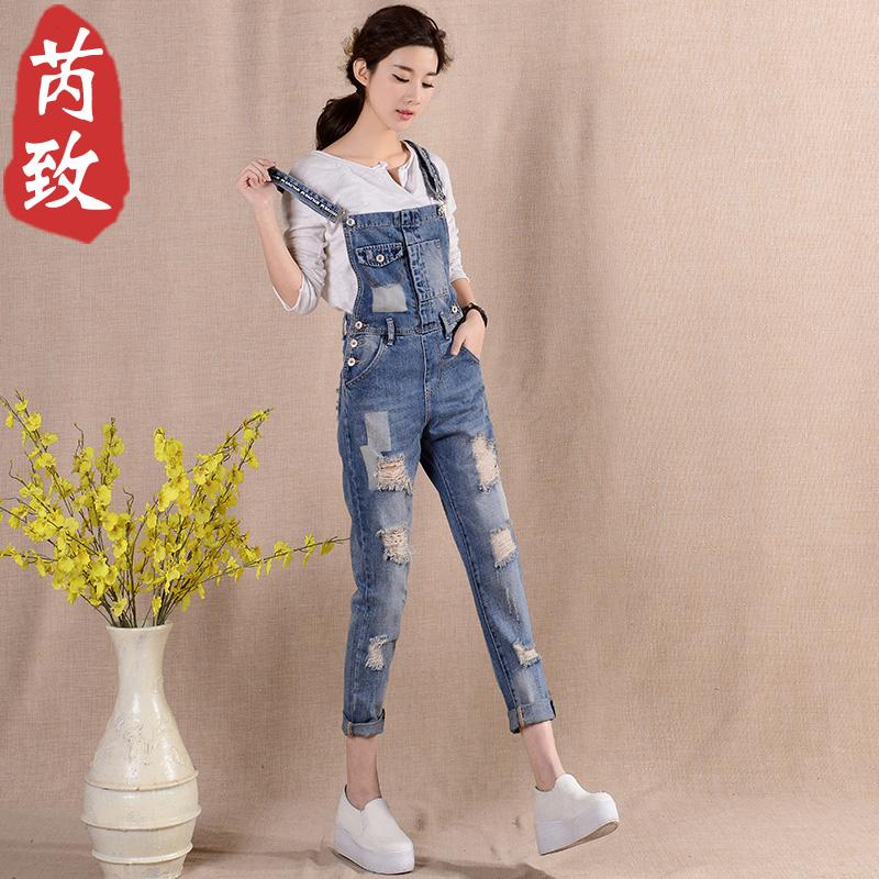 减龄背带裤女春夏韩版可爱显瘦九分连体吊带小个子宽松破洞牛仔裤