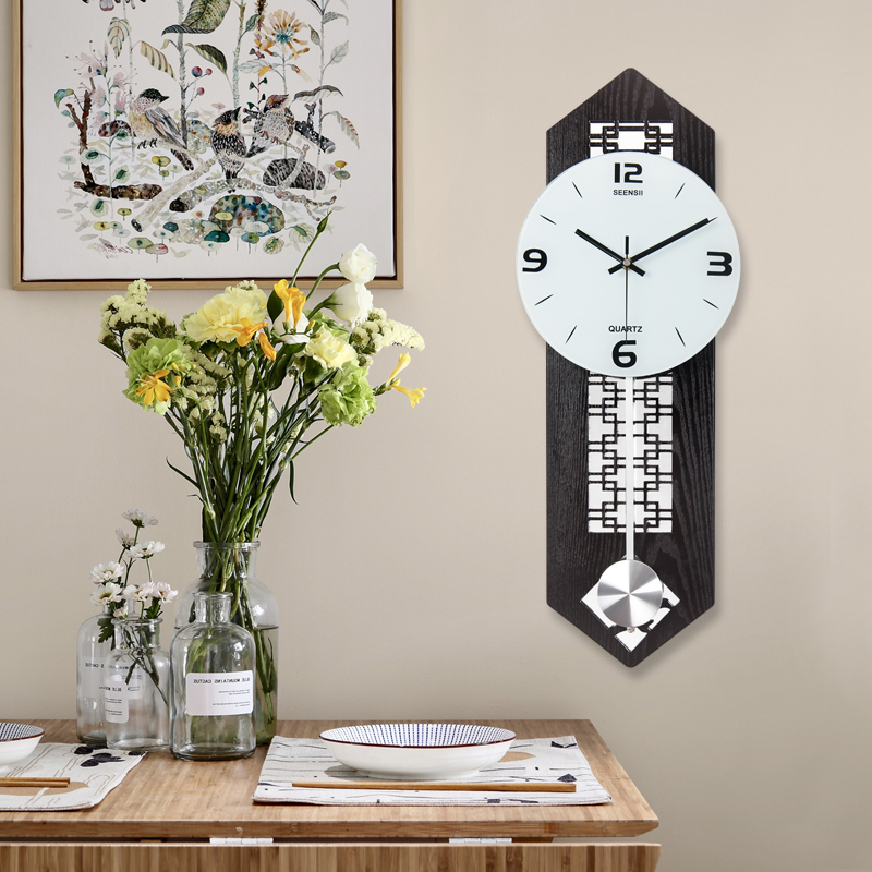 Chinese Creative Swing Wall Clock Home Decoration Hanging Performance Simple Living Room Atmosphere Personality