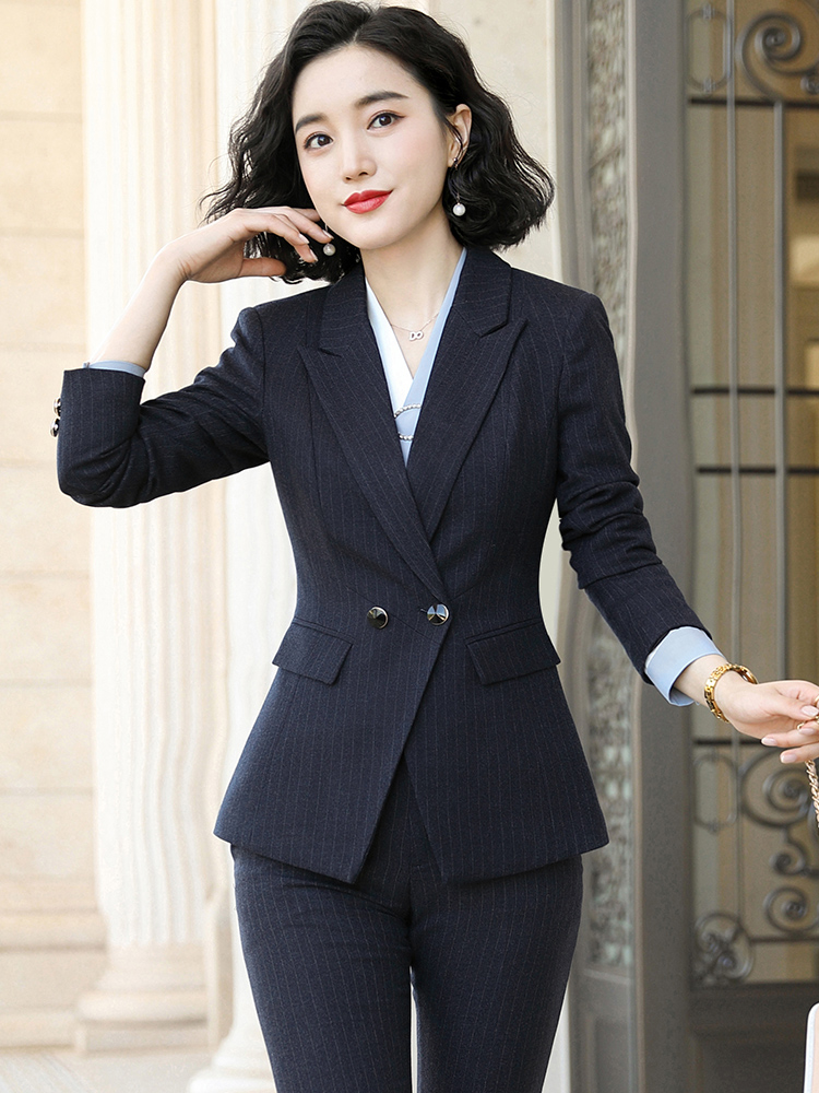 Professional dress goddess Fan Fall 2019 new black striped ladies are dressed in a beautician workclothes