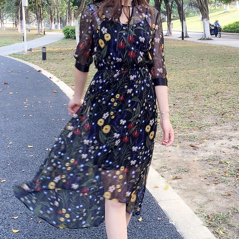 女夏装赫本风碎花印花小黑色雪纺a字连衣裙子气质仙女高腰中长款