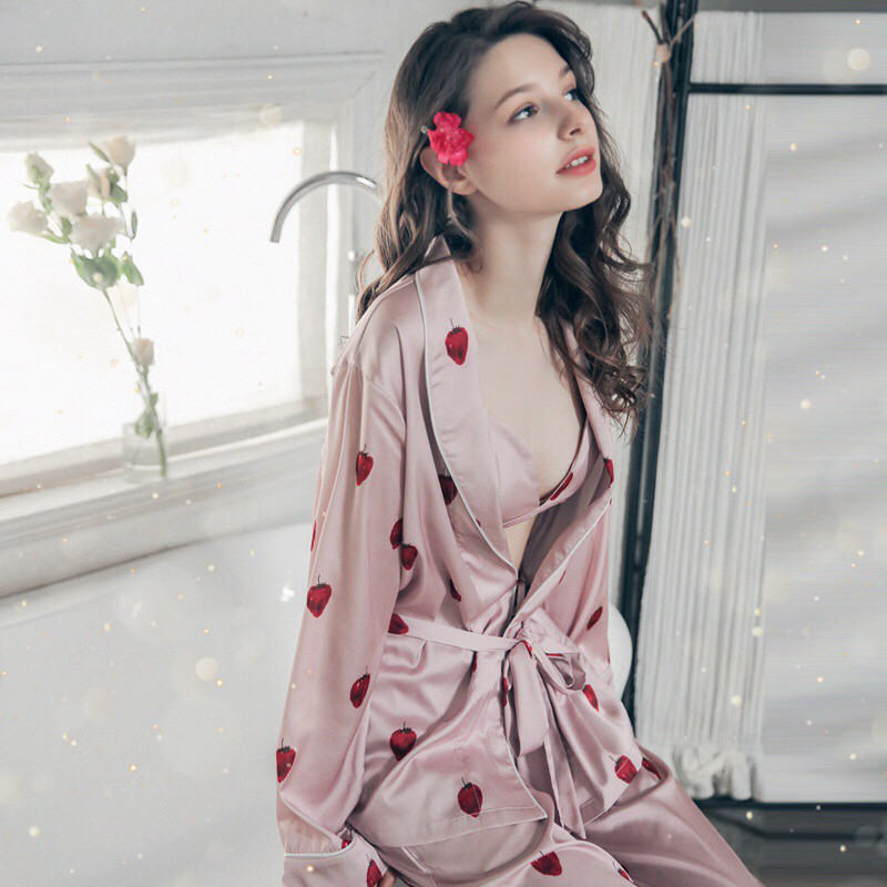 Korean version of the soft sister strawberry pajamas Ice Silk long-sleeved  sexy with chest aee7a65c7