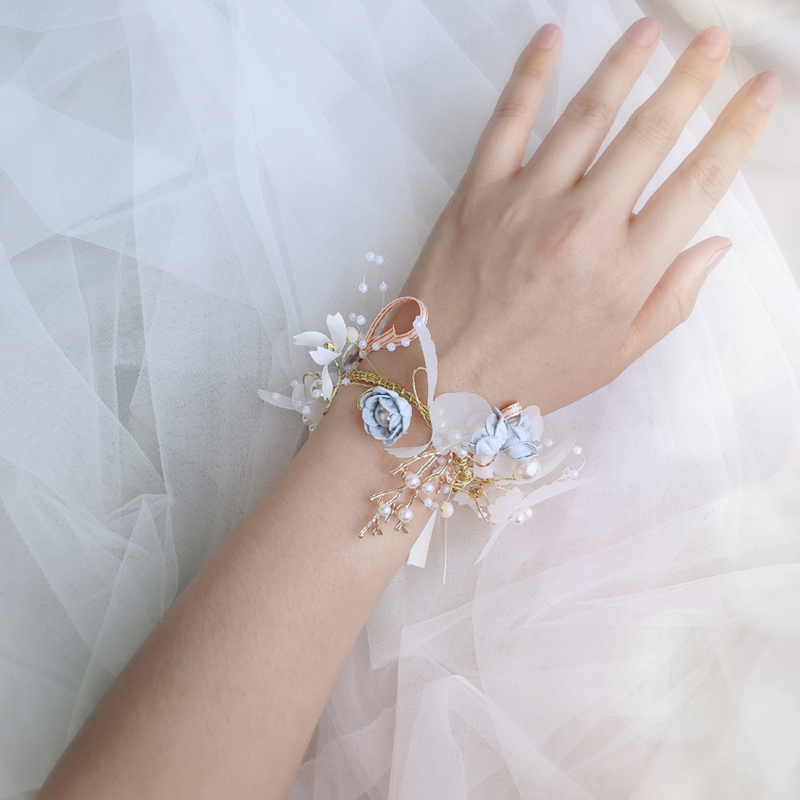 Super fairy ins small fresh bride wrist flower bridesmaid sister group bracelet Korean Sen department wedding ceremony high-grade beautiful