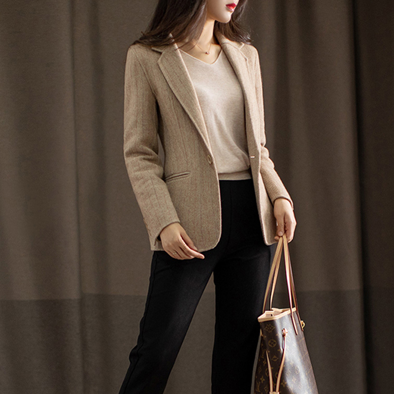 Japanese brand autumn and Winter new ladies double-faced cashmere suit temperament wool short paragraph small suit jacket
