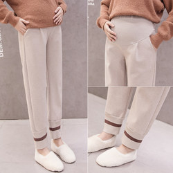 Pregnant women's leggings wear 2020 autumn and winter new thickened warm belly support pants loose and velvet thin feet pants