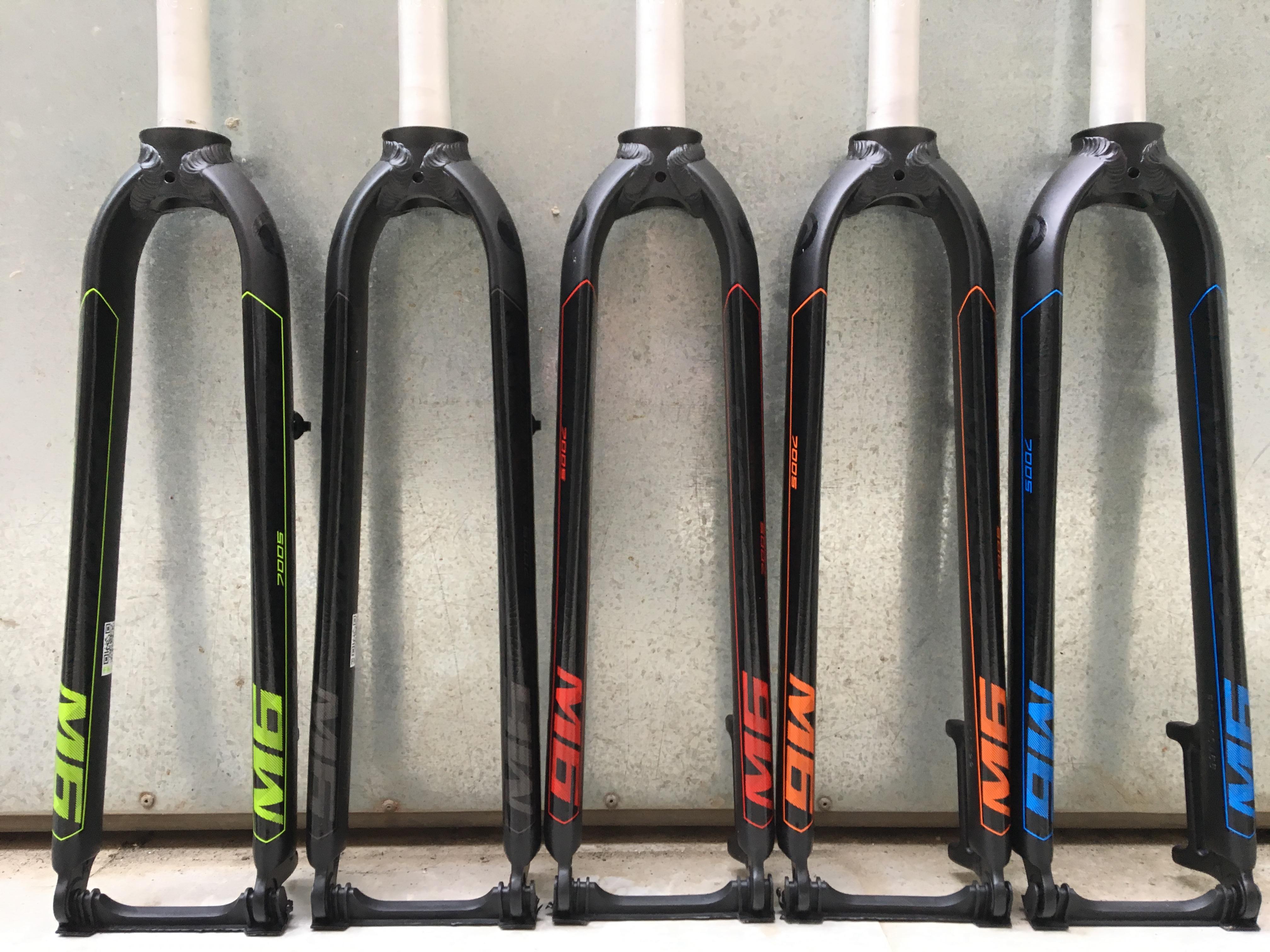 "MOSSO M5E Mountain Bike Front Fork bike fork MTB Fork compatible 26/"" 27.5/"" 29/"""