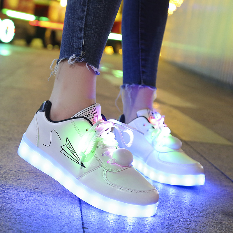 Men's Casual Shoes Radient Summer Colorful Luminous Shoes Male Usb Charging Led Flash Ghost Dance Shoes Fluorescent Student Luminous Shoes Suitable For Men And Women Of All Ages In All Seasons