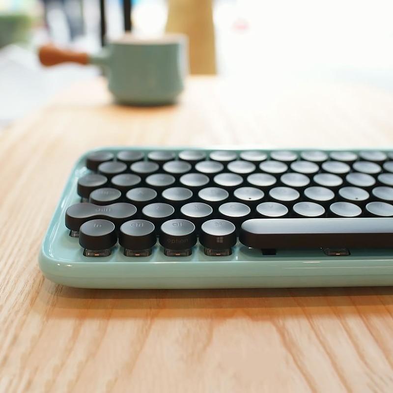 Lofree lofi dot dot dot bluetooth mechanical keyboard retro