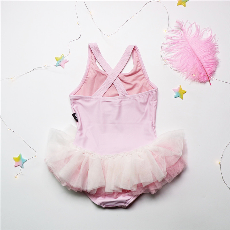 a95d5f7b0438f South Korea 19 summer new children's baby girl one-piece swimsuit girls  cartoon swan pettiskirt pink swimsuit