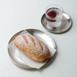 Чистый красный фотографировать круглый ветер скраб нержавеющей стали металл блюдо ins лоток пластина кофе корея десерт металл, цена 286 руб