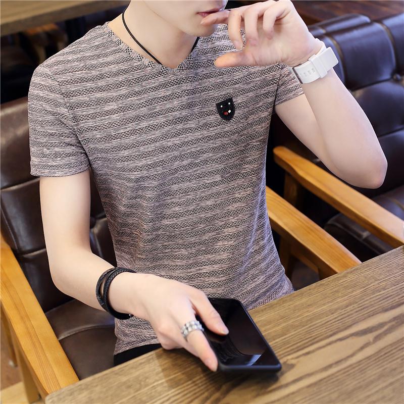 夏季2019潮流新款个性T恤韩版上衣V领半袖夏装帅气短袖男士青年服