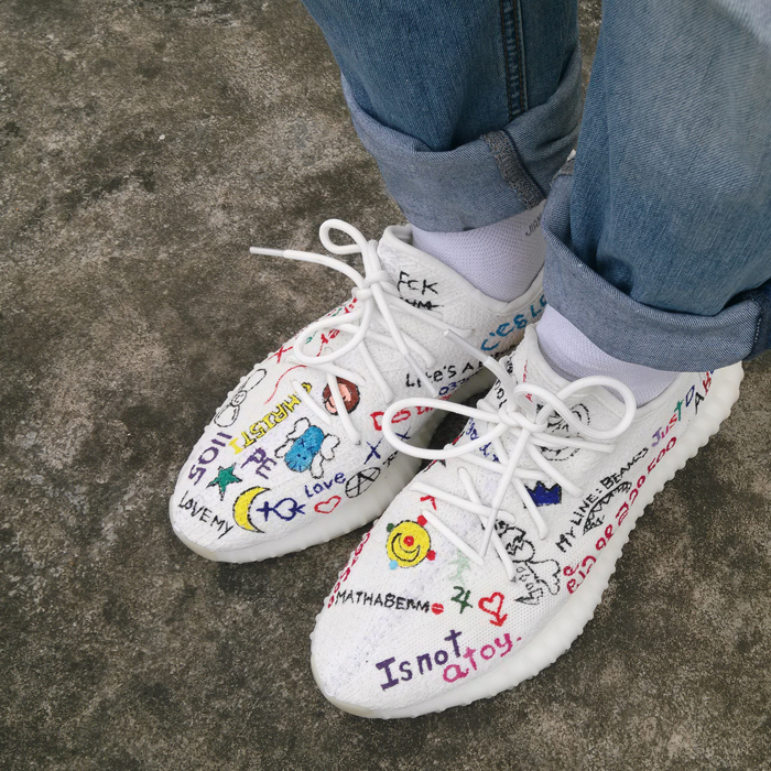 64d470dcf006 V2 Yezzy hand-painted custom white coconut personality graffiti sneakers men  and women mesh casual shoes Retrofit