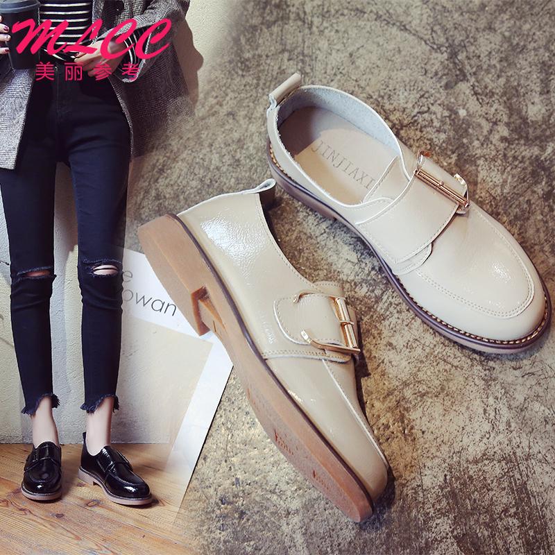 Малый кожаный обувной женщина 2018 весенний и осенний сезон. новый британская мода досуг квартира ретро обувь новичок обувь обувь женская